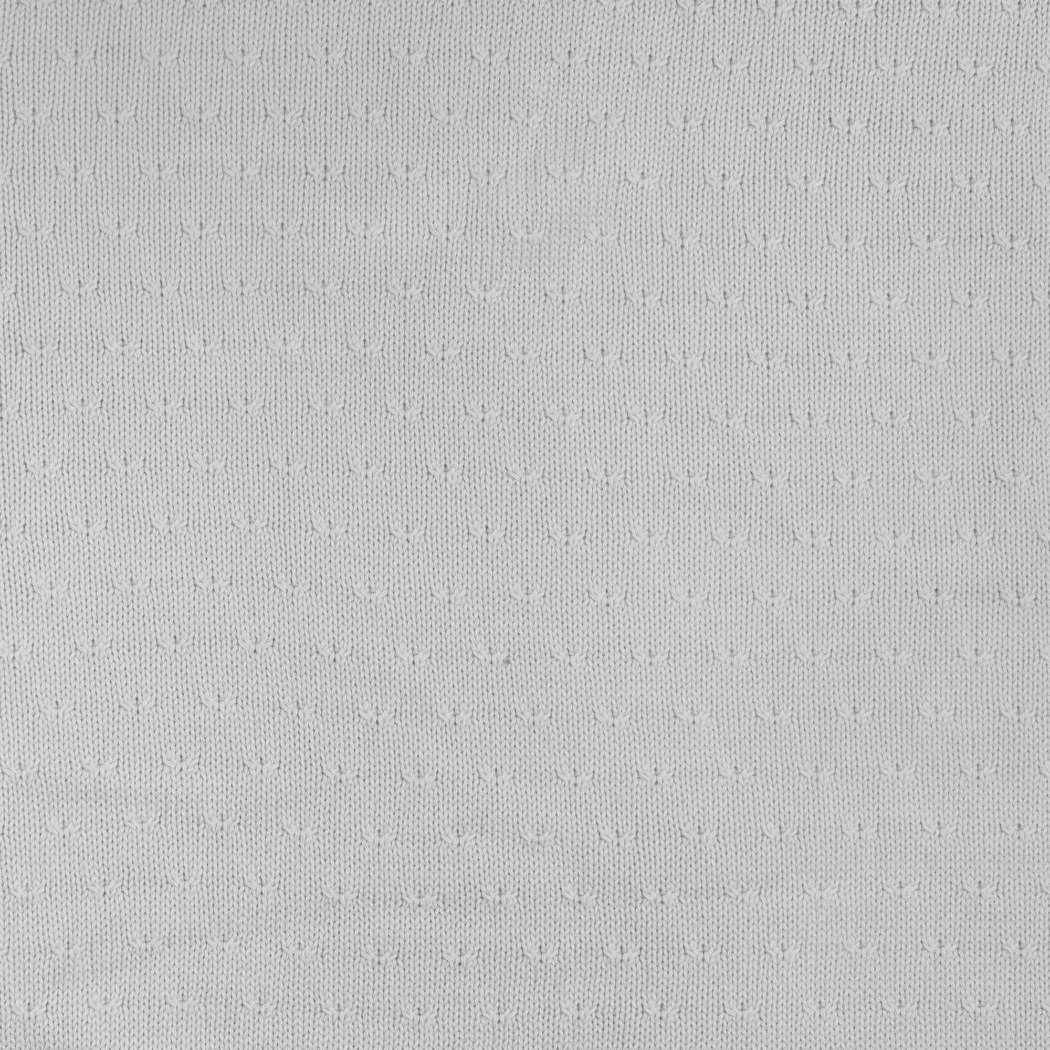 Deken_100x150cm_Soft_knit_light_grey_Detailfoto_7048fc87-832a-4d42-ae6c-58f49f2385e6