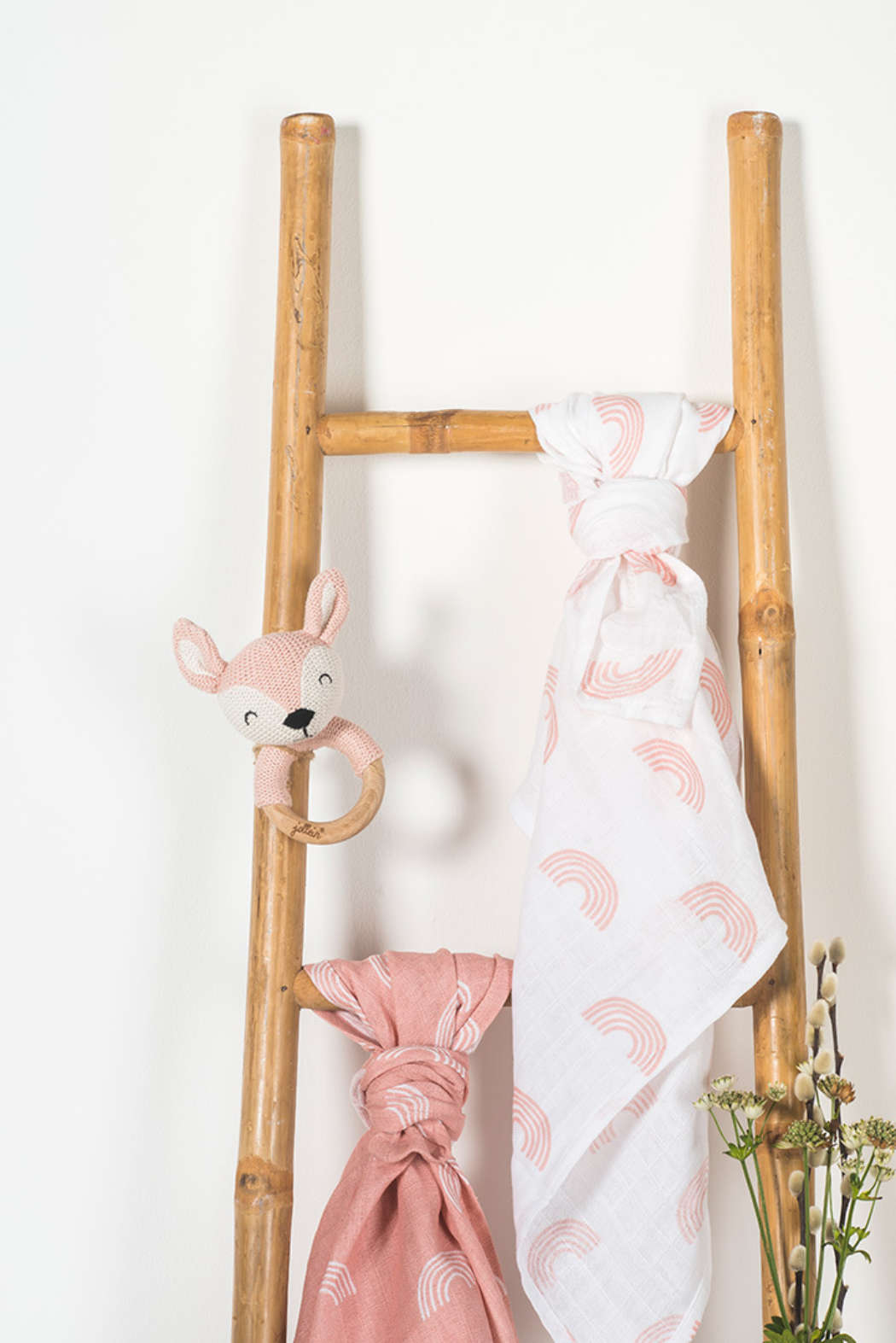 Bijtring Ø 7cm Deer pale pink 2