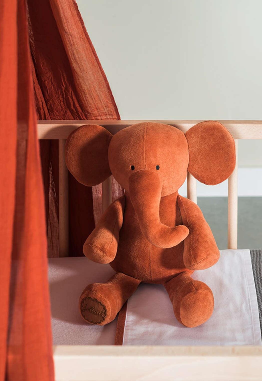 Knuffel Elephant rust 1