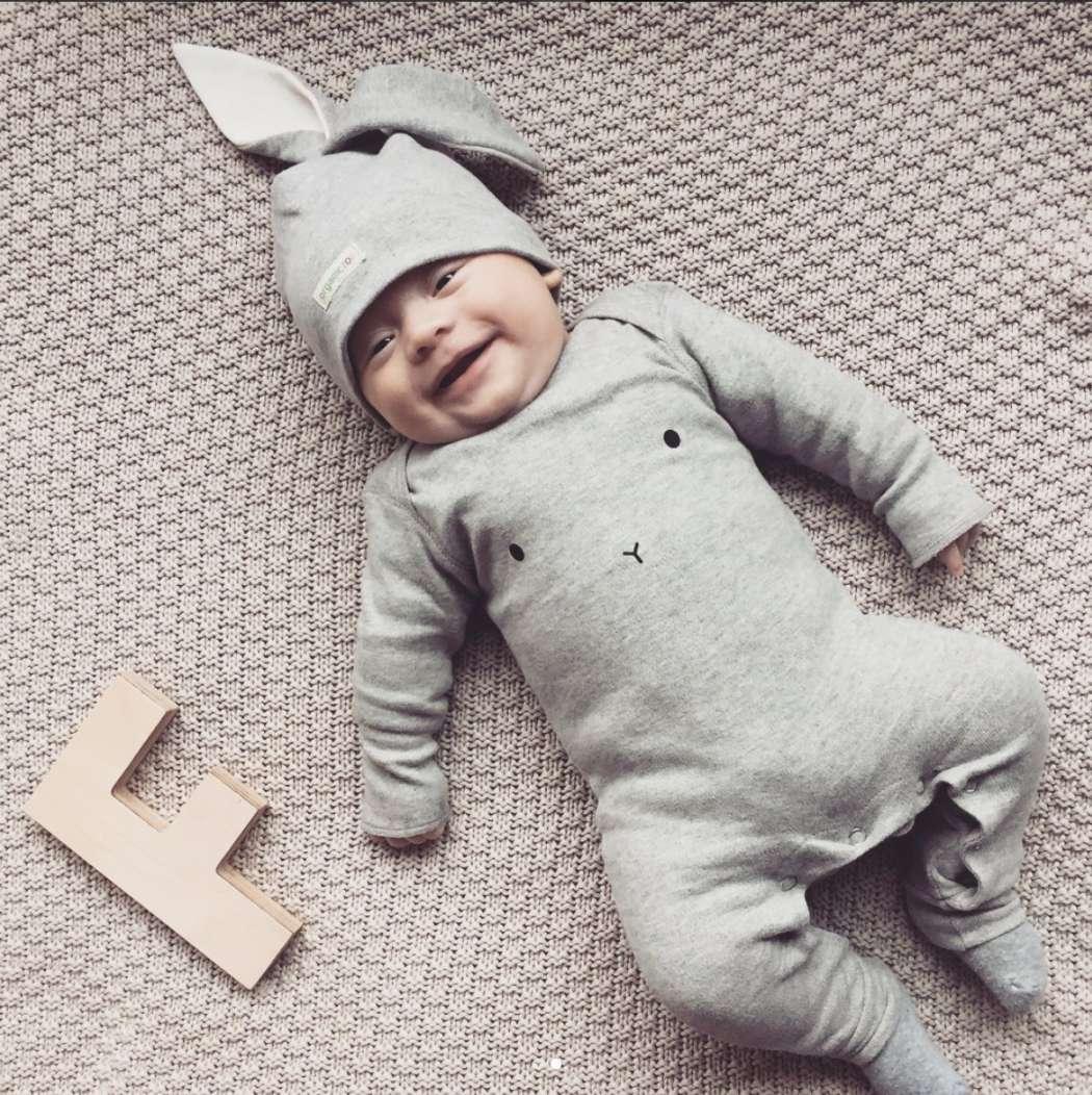 Fons_baby_Iris_insta_bunny_organic_zoo